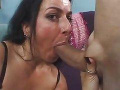 Saç pussy MILF Nina swiss siktir et ve yüz